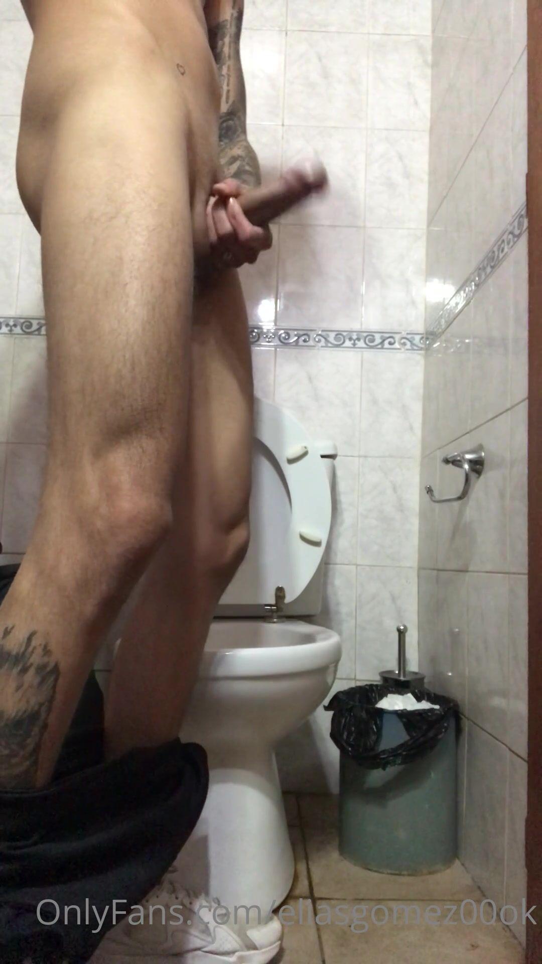 eliasgomez00ok free porn videos (62)